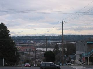 Photo 4: 1321 Sixth Avenue in New Westminster: West End NW Multifamily for sale