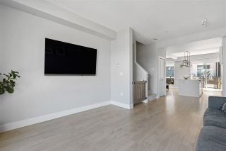 """Photo 16: 50 2825 159 Street in Surrey: Grandview Surrey Townhouse for sale in """"Greenway"""" (South Surrey White Rock)  : MLS®# R2470325"""