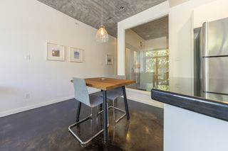 """Photo 11: 207 919 STATION Street in Vancouver: Mount Pleasant VE Condo for sale in """"Left Bank"""" (Vancouver East)  : MLS®# R2275486"""