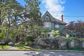 Photo 1: 4 851 Wollaston St in : Es Old Esquimalt Condo for sale (Esquimalt)  : MLS®# 845644