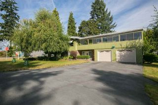 Photo 1: 1823 WINSLOW Avenue in Coquitlam: Central Coquitlam House for sale : MLS®# R2106691