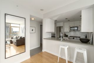 Photo 6: 3210 928 BEATTY STREET in Vancouver: Yaletown Condo for sale (Vancouver West)  : MLS®# R2463696