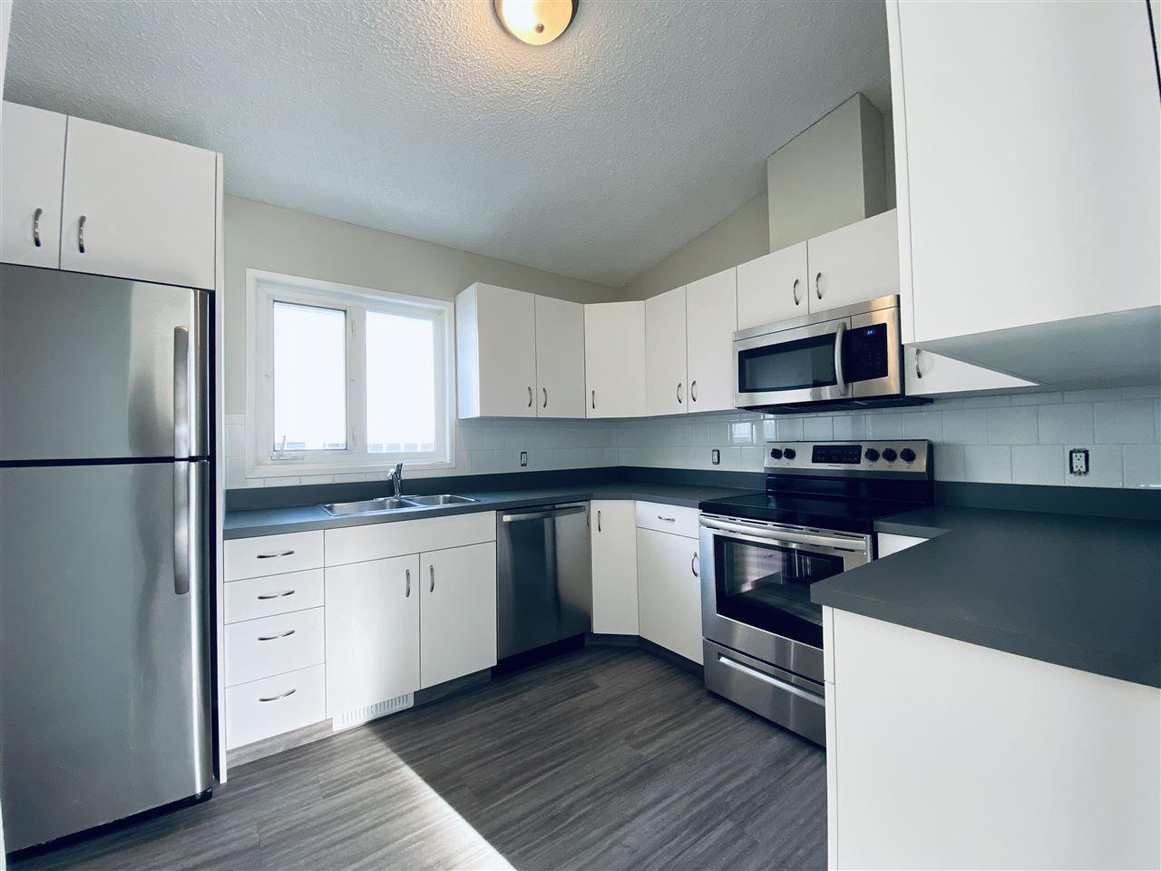 Main Photo: 60 Dayton Crescent NW: St. Albert House for sale : MLS®# E4241908