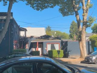 Photo 4: 2992 W BROADWAY in Vancouver: Kitsilano Multi-Family Commercial for sale (Vancouver West)  : MLS®# C8039581