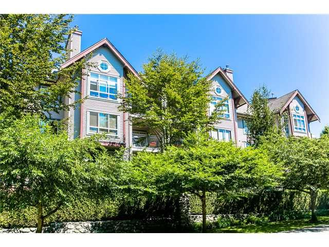 """Main Photo: 411 150 W 22ND Street in North Vancouver: Central Lonsdale Condo for sale in """"THE SIERRA"""" : MLS®# V1019832"""