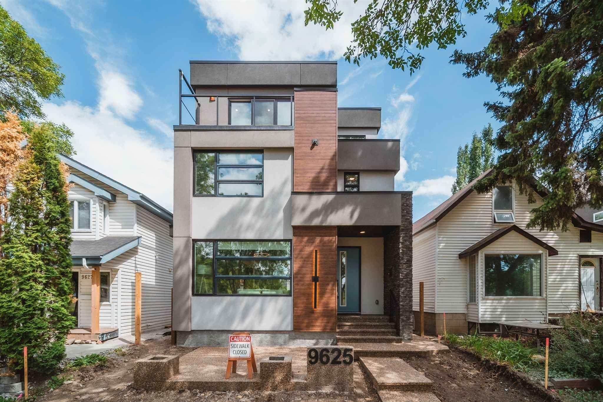 Main Photo: 9625 101 Street in Edmonton: Zone 12 House for sale : MLS®# E4253679