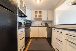 Photo 9: Unit 219 1326 Lower Water Street in Halifax: 2-Halifax South Residential for sale (Halifax-Dartmouth)  : MLS®# 202123075