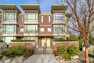 "Photo 2: 180 W 6TH Street in North Vancouver: Lower Lonsdale Townhouse for sale in ""Mira On The Park"" : MLS®# R2544146"