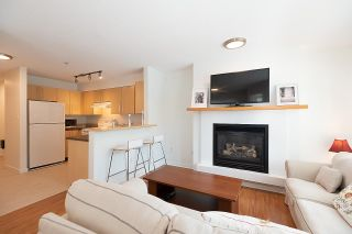 """Photo 13: 211 2768 CRANBERRY Drive in Vancouver: Kitsilano Condo for sale in """"ZYDECO"""" (Vancouver West)  : MLS®# R2598396"""