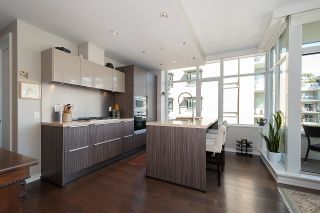 """Photo 17: 410 181 W 1ST Avenue in Vancouver: False Creek Condo for sale in """"The Brook"""" (Vancouver West)  : MLS®# R2614809"""