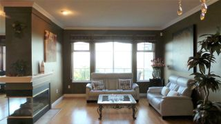 Photo 3: 135 2979 PANORAMA DRIVE in Coquitlam: Westwood Plateau Townhouse for sale : MLS®# R2253180