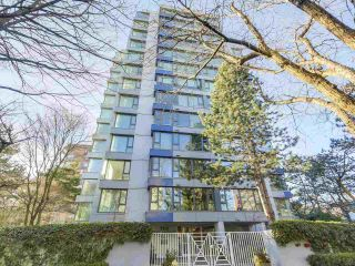 """Photo 1: 302 5425 YEW Street in Vancouver: Kerrisdale Condo for sale in """"The Belmont"""" (Vancouver West)  : MLS®# R2337022"""