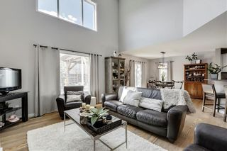 Photo 12: 55 ROYAL BIRKDALE Crescent NW in Calgary: Royal Oak House for sale : MLS®# C4183210