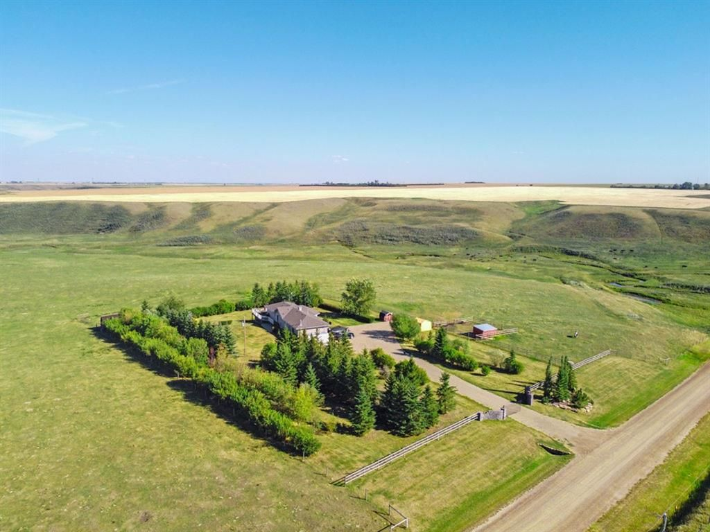 Main Photo: 284236 Range Road 275 in Rural Rocky View County: Rural Rocky View MD Detached for sale : MLS®# A1144573