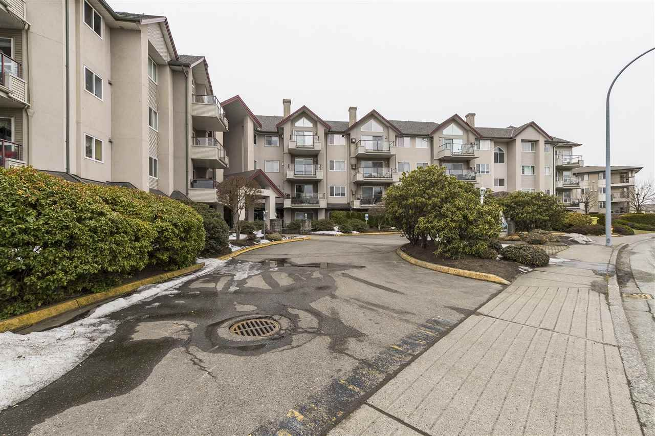"""Photo 20: Photos: 204 45520 KNIGHT Road in Sardis: Sardis West Vedder Rd Condo for sale in """"Morningside"""" : MLS®# R2346105"""