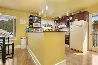 Photo 3: 33889 ELM Street in Abbotsford: Central Abbotsford House for sale : MLS®# R2196458