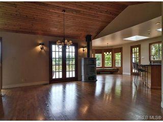 Photo 6: 101 Kiowa Pl in VICTORIA: SW West Saanich House for sale (Saanich West)  : MLS®# 653330