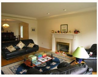 Photo 2: 2978 W 38TH Avenue in Vancouver: Kerrisdale House for sale (Vancouver West)  : MLS®# V653723