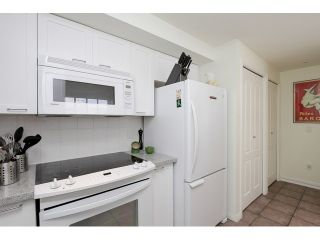 """Photo 11: 203 657 W 7TH Avenue in Vancouver: Fairview VW Townhouse for sale in """"THE IVY'S"""" (Vancouver West)  : MLS®# V1059646"""