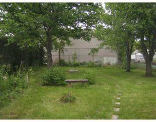 Photo 7: 299 KENT Road in WINNIPEG: East Kildonan Single Family Detached for sale (North East Winnipeg)  : MLS®# 2714153