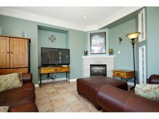 "Photo 6: 21623 MURRAYS Crescent in Langley: Murrayville House for sale in ""Murrayville"" : MLS®# F1309560"