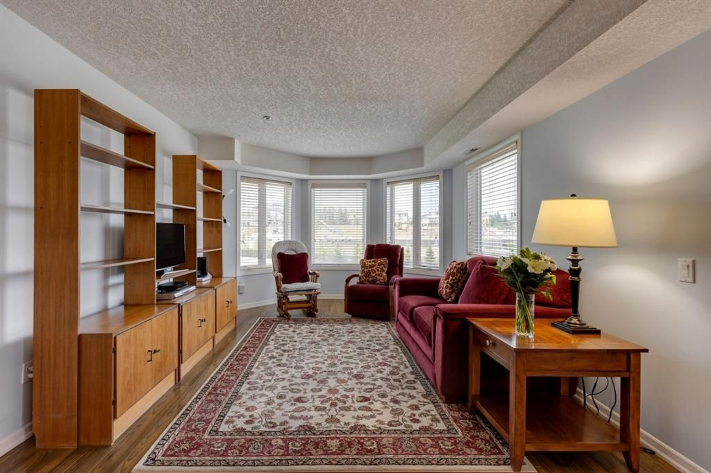 Photo 17: Photos: 1222 1818 Simcoe Boulevard SW in Calgary: Signal Hill Apartment for sale : MLS®# A1130769
