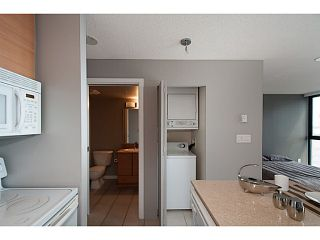 """Photo 8: 2003 909 MAINLAND Street in Vancouver: Yaletown Condo for sale in """"Yaletown Park 2"""" (Vancouver West)  : MLS®# V1079716"""