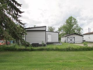 "Photo 1: 9871 MAPLE Street in Fort St. John: Fort St. John - Rural W 100th Manufactured Home for sale in ""GRAND HAVEN"" (Fort St. John (Zone 60))  : MLS®# R2431676"