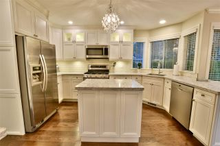 """Photo 9: 21533 86A Crescent in Langley: Walnut Grove House for sale in """"Forest Hills"""" : MLS®# R2423058"""