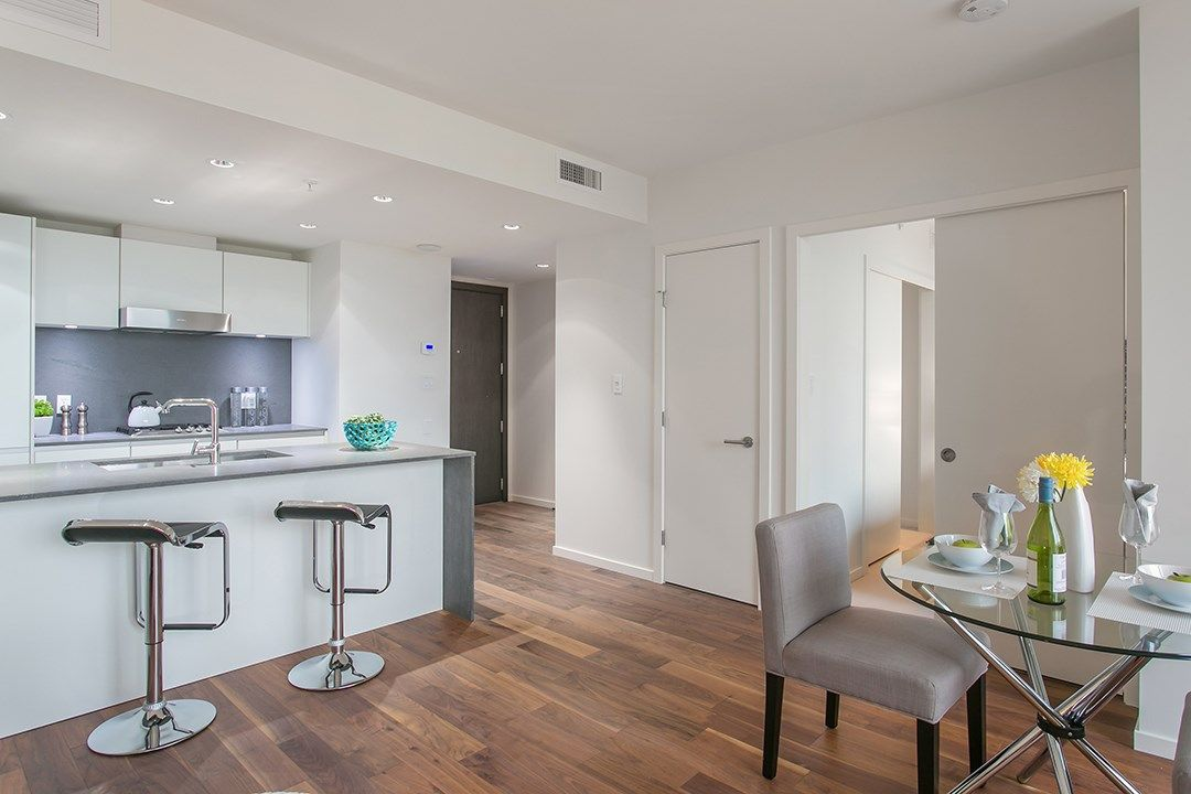 """Photo 4: Photos: 1106 8588 CORNISH Street in Vancouver: S.W. Marine Condo for sale in """"Granville at 70th"""" (Vancouver West)  : MLS®# R2028508"""