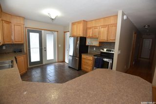 Photo 4: 112 1st Avenue East in Love: Residential for sale : MLS®# SK849423