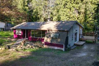 Photo 19: 894 NORTH Road in Gibsons: Gibsons & Area House for sale (Sunshine Coast)  : MLS®# R2570173