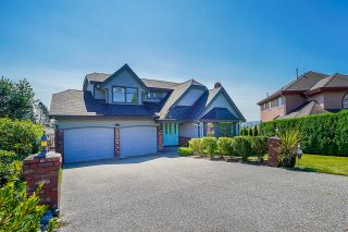 """Photo 3: 16348 78A Avenue in Surrey: Fleetwood Tynehead House for sale in """"Hazelwood Grove"""" : MLS®# R2612408"""