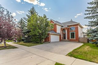 Photo 3: 1111 77 Street SW in Calgary: West Springs Detached for sale : MLS®# A1137744