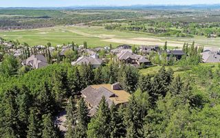 Photo 1: 75 Anatapi Lane SW in Calgary: Springbank Hill Detached for sale : MLS®# A1099057