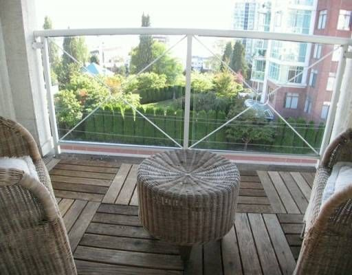 """Photo 8: Photos: 404 155 E 3RD ST in North Vancouver: Lower Lonsdale Condo for sale in """"THE SOLANO"""" : MLS®# V610957"""