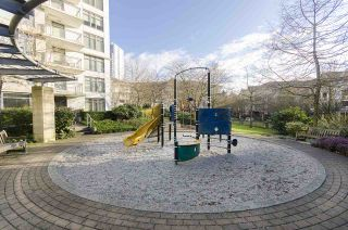"""Photo 17: 506 3660 VANNESS Avenue in Vancouver: Collingwood VE Condo for sale in """"CIRCA"""" (Vancouver East)  : MLS®# R2247116"""