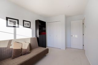 """Photo 19: 301 19130 FORD Road in Pitt Meadows: Central Meadows Condo for sale in """"Beacon's Square"""" : MLS®# R2032727"""