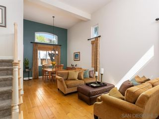 Photo 6: RANCHO PENASQUITOS House for sale : 4 bedrooms : 8955 Rotherham Ave in San Diego