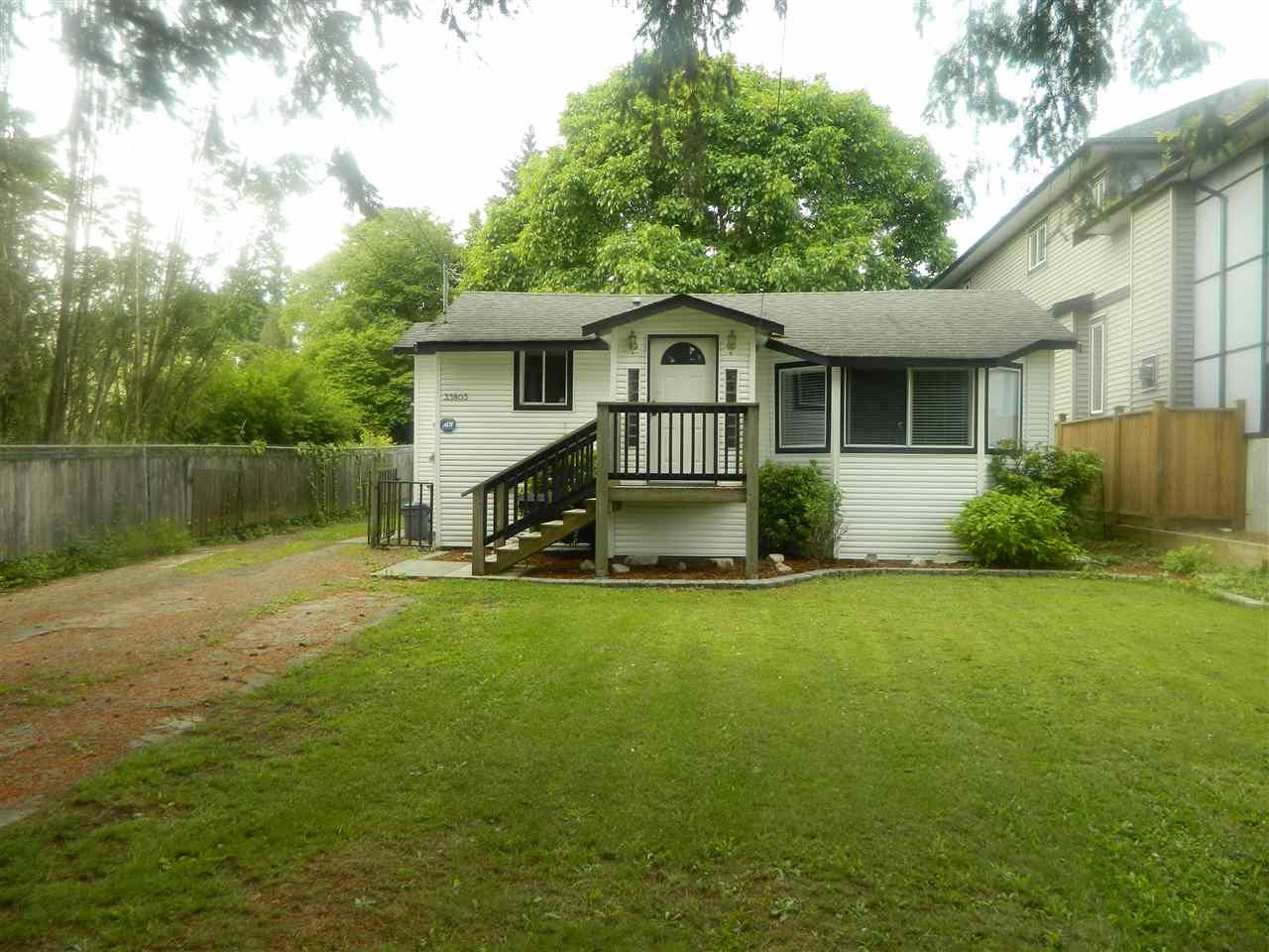 Main Photo: 33803 MAYFAIR Avenue in Abbotsford: Central Abbotsford House for sale : MLS®# R2462341