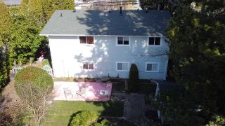 Photo 3: 14504 NORTH BLUFF ROAD: White Rock House for sale (South Surrey White Rock)  : MLS®# R2549785