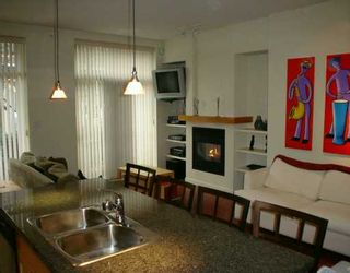 """Photo 3: 981 RICHARDS ST in Vancouver: Downtown VW Condo for sale in """"MONDRIAN 1"""" (Vancouver West)  : MLS®# V583808"""