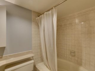 """Photo 12: 111 2320 W 40TH Avenue in Vancouver: Kerrisdale Condo for sale in """"Manor Gardens"""" (Vancouver West)  : MLS®# R2546363"""