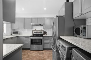 """Photo 1: 28 10751 MORTFIELD Road in Richmond: South Arm Townhouse for sale in """"CHELSEA PLACE"""" : MLS®# R2588040"""