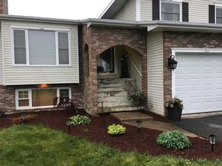 Photo 2: 11 Poloni Crescent in Glace Bay: 203-Glace Bay Residential for sale (Cape Breton)  : MLS®# 202100777