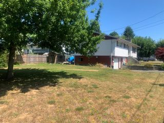 Photo 2: 1101 21st St in Courtenay: CV Courtenay City House for sale (Comox Valley)  : MLS®# 881454