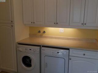 Photo 11: 2063 Kings Rd in VICTORIA: OB Henderson House for sale (Oak Bay)  : MLS®# 785216