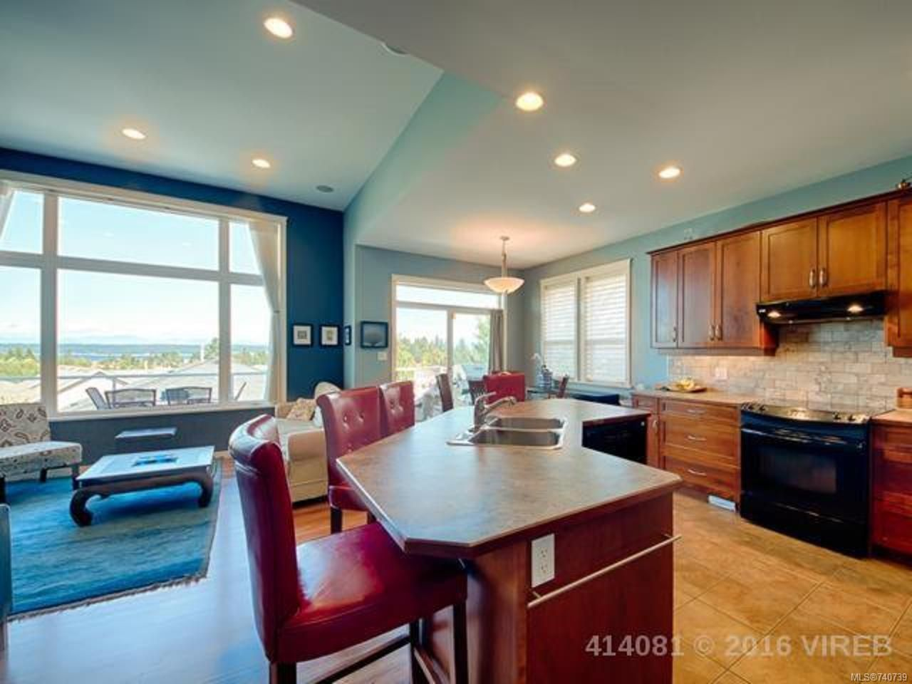 Photo 5: Photos: 632 Nelson Rd in CAMPBELL RIVER: CR Willow Point House for sale (Campbell River)  : MLS®# 740739