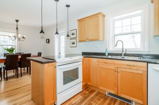 Photo 13: 56 Highland Avenue in Wolfville: 404-Kings County Residential for sale (Annapolis Valley)  : MLS®# 202104485