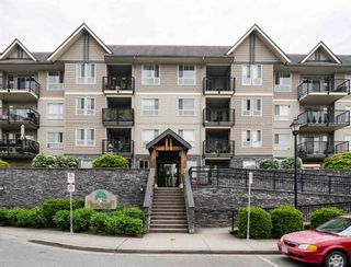Photo 1: 207 9000 BIRCH Street in Chilliwack: Chilliwack W Young-Well Condo for sale : MLS®# R2578028